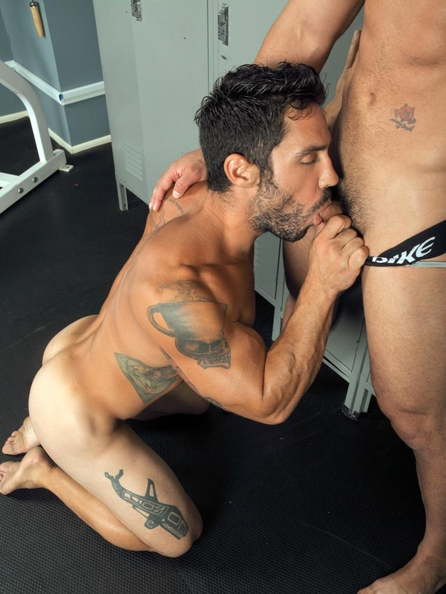 gay bodybuilder sex porn cock huge muscular gay fucking sucking out room thick derek action hot gym scruffy masculine xxx bodybuilder tattoos atlas randyblue rugged locker great fantasy cayden ross sweaty partner working workout legs personality