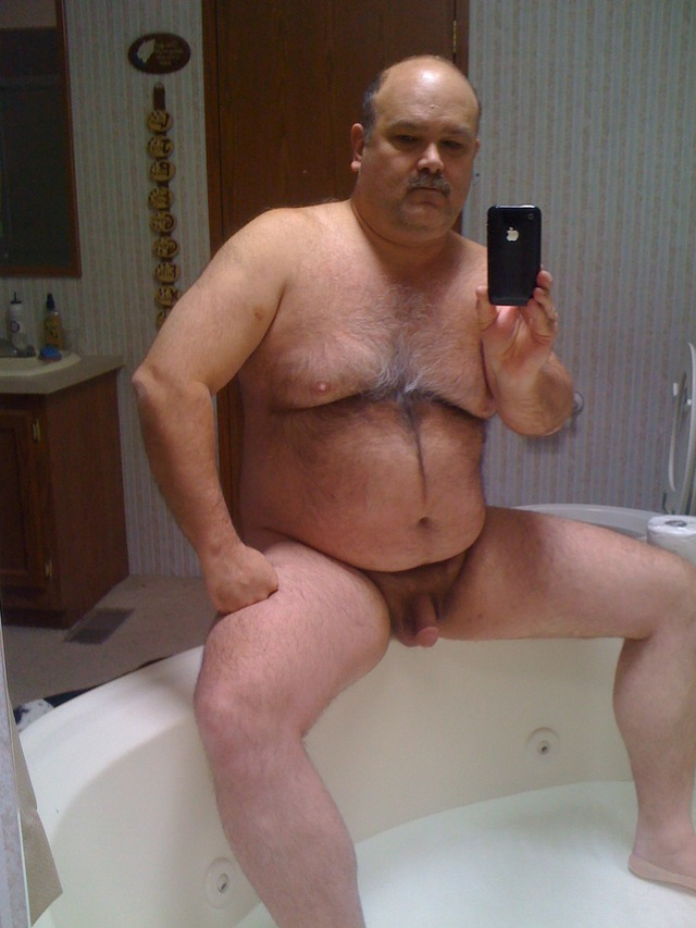 gay hairy porn Pics hairy naked daddies chubby fat dad