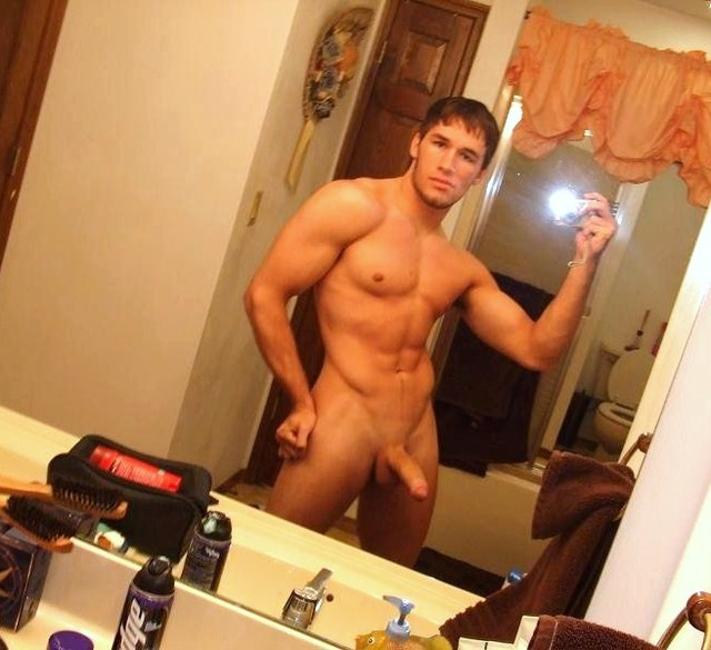 gay male sexy pics hunk dick show guy muscled body