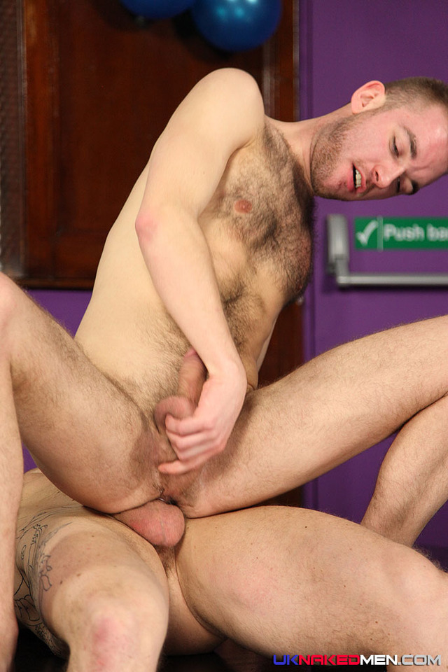 gay men sucking cock pictures men cock naked fuck everett sucking uncut cocks latino cum sexy suck harley uknakedmen eat lincoln gates