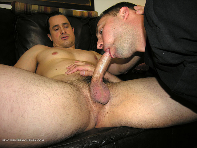 gay men sucking dick pics muscle porn men cock category gets gay amateur straight guy sucking beefy york trey anthony blow