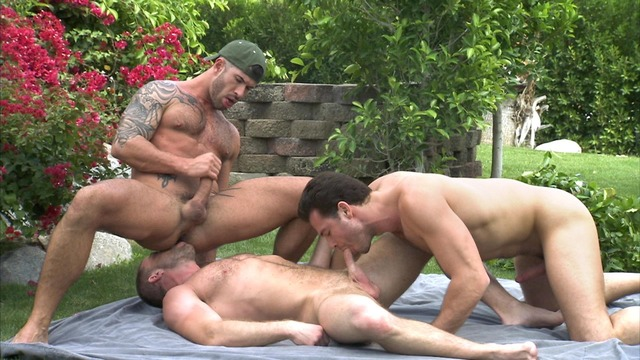Outdoor Gay Sex 14