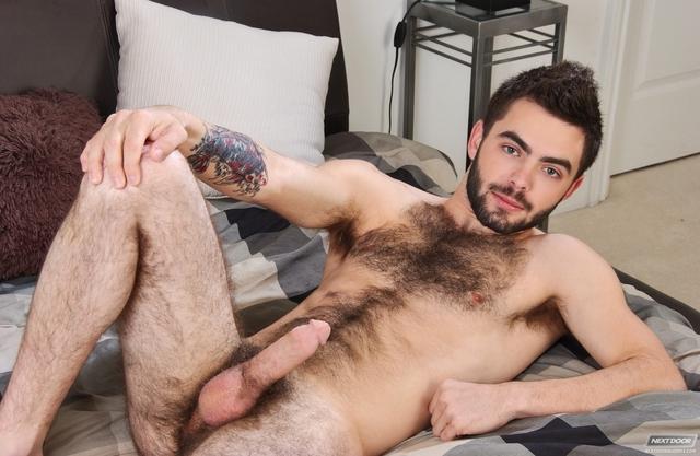 Free hairy man pic