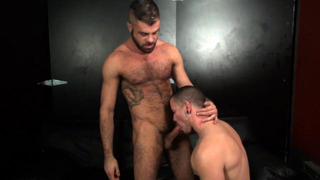 hairy muscle gay porn hairy muscle porn gay fuck amateur bareback max raw breeding cameron club isaacs bbbh markus
