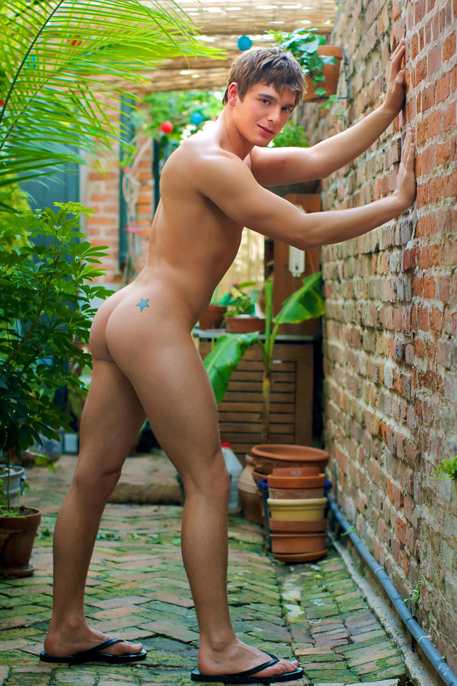 hot butt naked men page
