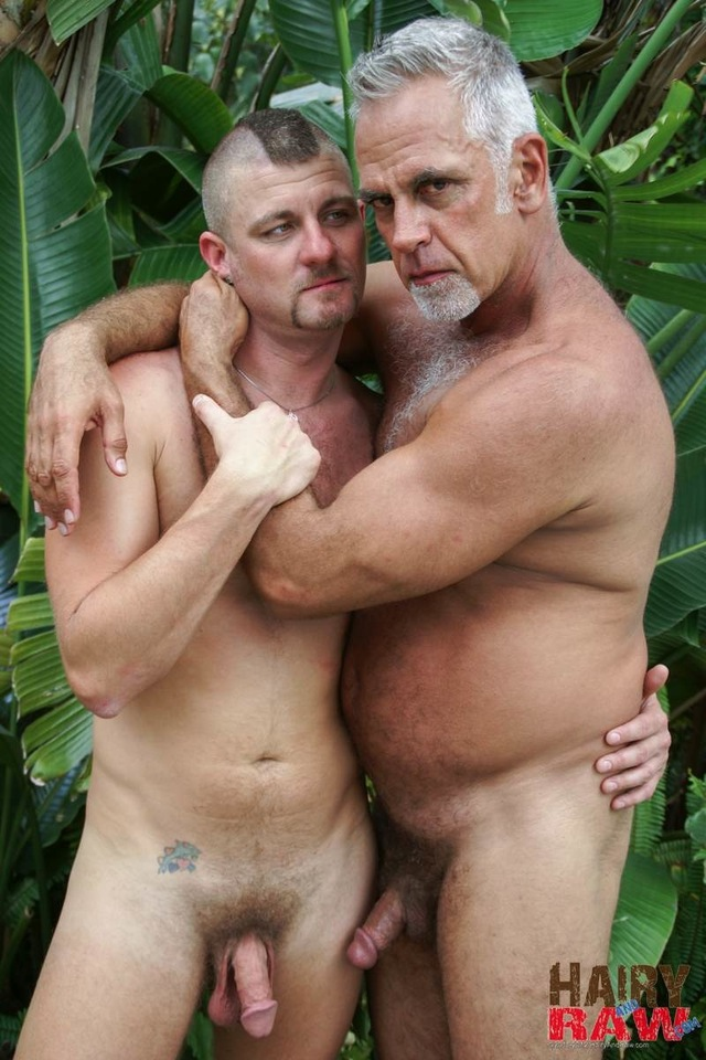 Hairy Gay Daddy Porn
