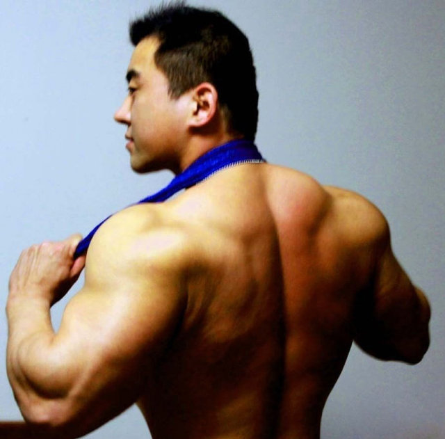 hot hunk muscle muscle hunk asian bodybuilder chinese