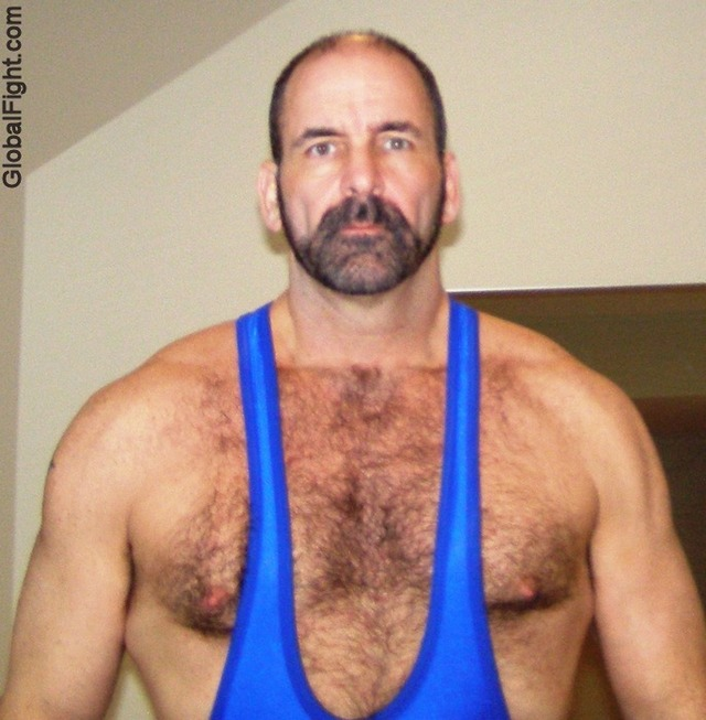 hot muscle men gay hairy men muscular hot athletic plog hairychest musclebears very furry daddies fuzzy studly manly musclemen silverdaddies rugged bearded wrestler