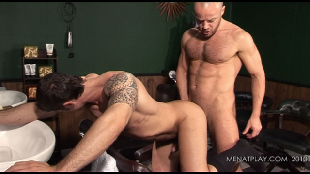 hung muscle hunks muscle cock fuck hunks flip flop hung brooks suck axel price mid nathan menatplay barber