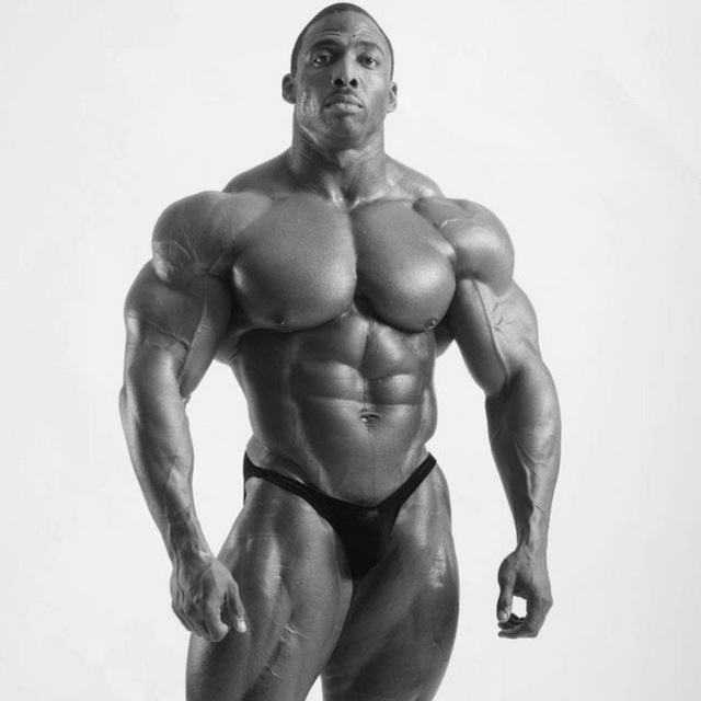 male bodybuilder penis god comments bodybuilding mode cedric zbeq akyj mcmillan aesthetics