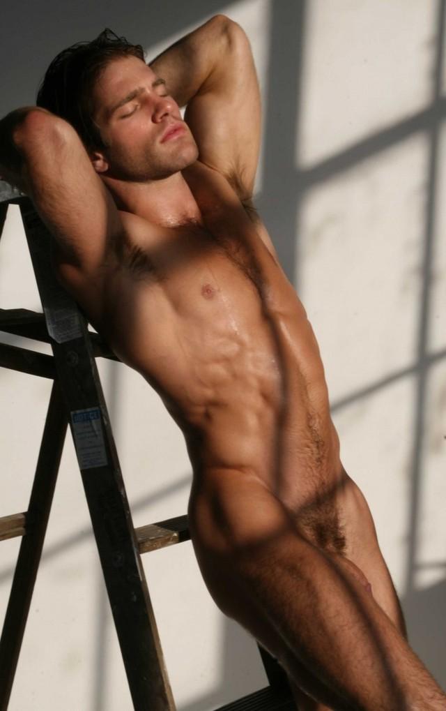 Мужчины голые фотомодели