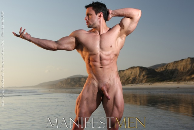 muscle man nude