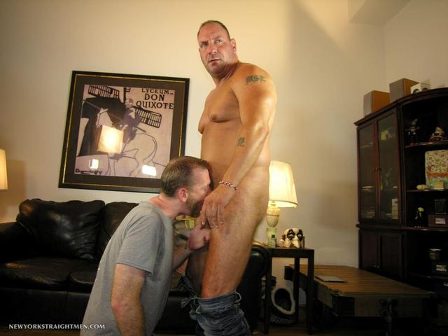 muscle men cocks muscle porn men cock gets his gay amateur straight guy york sucked daddy rocco stright