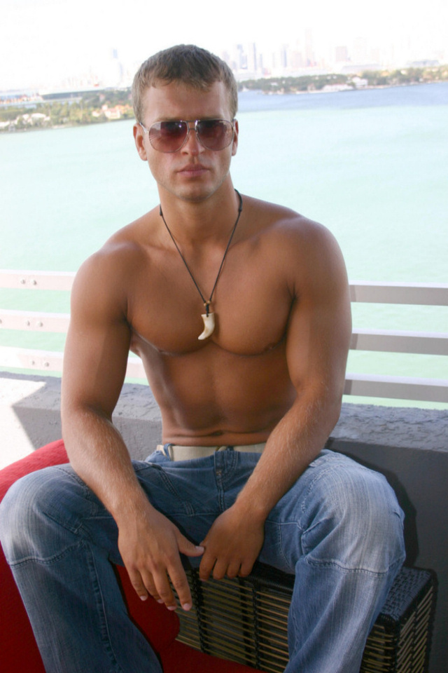 muscle men hunk hunk smooth page euro