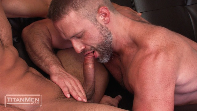 muscle men hunk hairy muscle hunk sucks off fucks from pic black men jay bentley jock titan dirk caber scruf