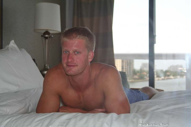 muscle studs gay porn muscle hunk off stud porn cock jerks his blue white gay mickey jerking amateur straight hair blonde manavenue eye hardwood