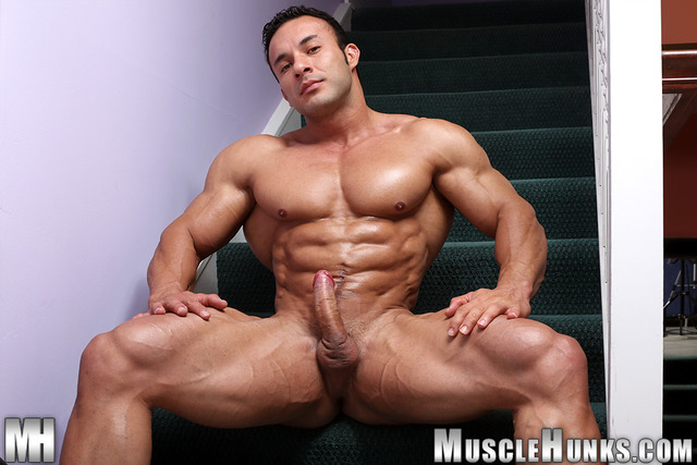muscled hunks muscle off ripped pic cock hard naked jerks his hunks bodybuilder strips anton buttone