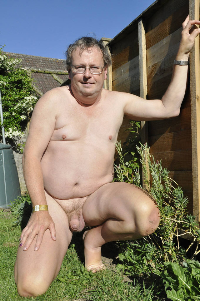 Chubby male nude