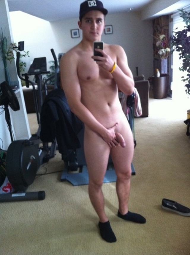 sexy nude gay guys off boy pics nude jerking taking self