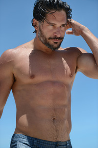 Joe Manganiello Porn joe manganiello shirtless half naked abs treasure trail pecs torso beard wet beach scruffy promoting magic mike looking hot gasm inducing pics