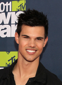 Taylor Lautner Gay Nude taylor lautner mtv movie awards threads could fuck any young male celebs ages who would page