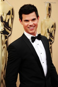 Taylor Lautner Gay Nude taylor lautner academy awards photos threads mega thread merged page