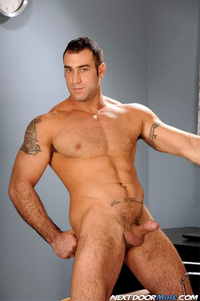 Big dick Male Gay Porn muscle hunk gay porn star spencer reed gets naked jerks off his dick next door male pic