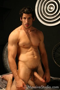 BigDicks Gay Porn biggest dicks leo giamani gay porn