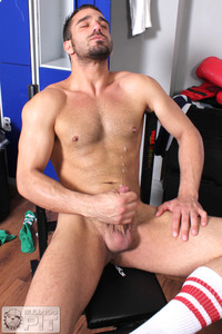 amateur gay porn Picture bulldog pit jake bolton athlete fucking himself dildo amateur gay porn hung masculine jock fucks dildos