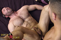 Brock Landon Porn tsd jpd furry muscle brock landon gets drilled anthony rex