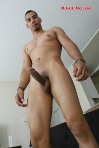 bi Latin men gallery latin men preview bilatinmen gigante