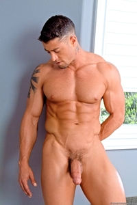 big gay dick galleries cody cummings gay porn star ripped muscle stud american huge dick bubble butt muscled hunk hard abs pics gallery tube video photo