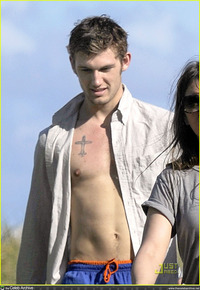 Alex Pettyfer Gay Nude alex pettyfer including shirtless