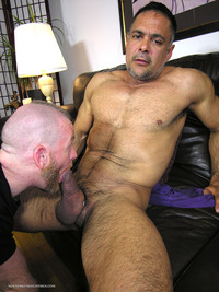big Latino guys york straight men dale vincent latino daddy thick cock sucking amateur gay porn huge gets serviced guy