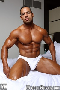 big muscle gay porn cosmo babu muscle hunks nude gay bodybuilders porn men muscled uncut cocks bodybuilder gallery video photo