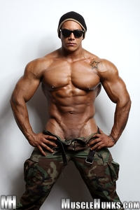 big muscle hunk wade trent ultimate muscle bodybuilder nude hunks ripped strips naked strokes his hard cock torrent photo logan rock