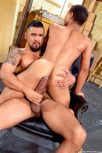 black and Latin gay porn raging stallion boomer banks trelino huge uncut cock fucking black ass amateur gay porn