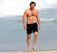 bradley cooper gay sex Pic bradley cooper zoom shows off beach bod