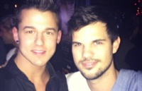 bradley cooper gay sex Pic docs screen shot taylor lautner walks gay bar know punchline