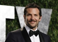 bradley cooper gay sex Pic data bradley cooper critics choice movie awards jennifer lawrence