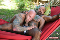 gay bareback porn butch dixon bangor drake jaden barebacking daddy muscle tatted stud amateur gay porn fucks his younger neighbor outside