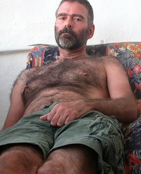 gay hot daddy porn daddybear very hairy gay mature dad