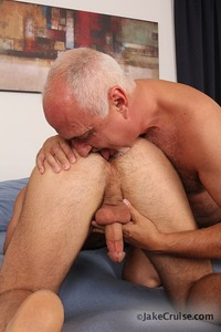 gay mature bear sex jake cruise brad kalvo gay porn hairy daddy older mature muscle bear hardcore fucking sucking rimming blowjob deepthroat anal oral daddies dad