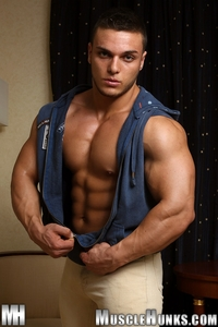 gay muscle bodybuilder naked muscle bodybuilder kevin conrad hunks photo