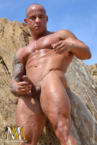 gay muscle posing vin marco front