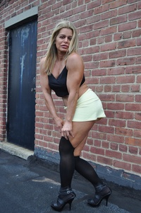 gay muscle posing michelle falsetta female bodybuilder sexy pose page