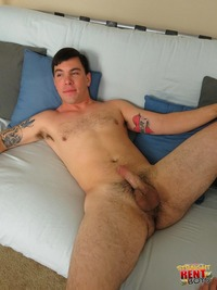 gay porn for straight straight rent boys ernie cody guys sucking cock amateur gay porn young beefy stud gets blown hustler cash
