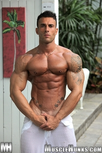 gay porn muscle hunks media muscle man porn