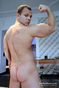 gay porn Pics muscle bentley race dennis conerman beefy muscle cub huge uncut cock amateur gay porn hungarian his thick