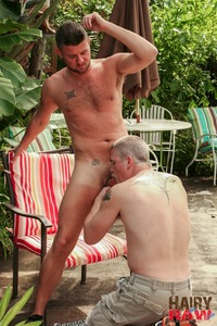 gay porn Picture bear hairy raw christian matthews alex powers daddy bears barebacking outside amateur gay porn barebacks his younger friend backyard